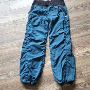 Lululemon Athletica Lined Dance Pant in Teal